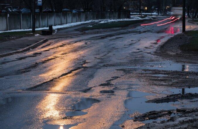 Paljassaare tee on üks Tallinna kohti, misametliku uuringu järgi hädasti remonti vajab.