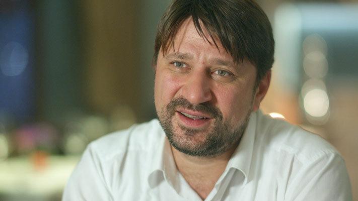 Виктор Логинов развелся с 3-й супругой иуже думает о 4-ой