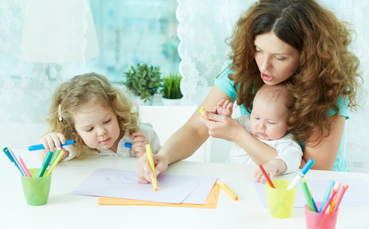 10 asja, mida emad, kes kõike jõuavad ja alati head välja näevad, teistmoodi teevad
