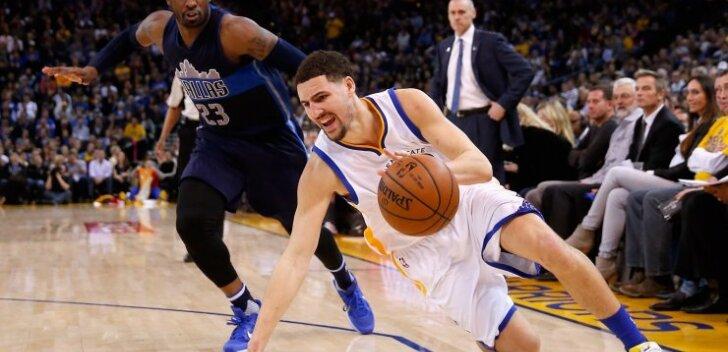 VIDEO: Curry lasi särada 45 punkti visanud Klay Thompsonil