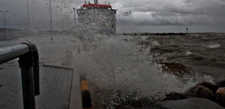 Новые шторма будут бушевать на Балтике всю неделю