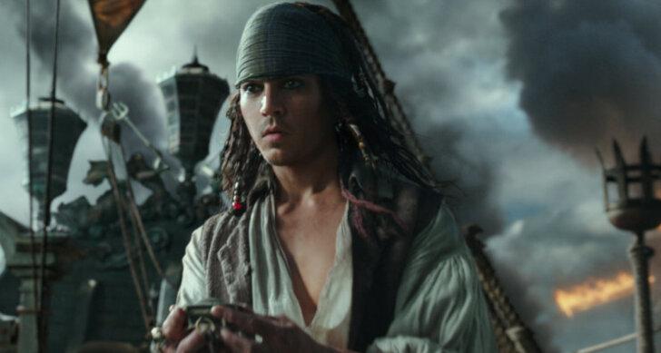 """ARVUSTUS: """"Kariibi mere piraadid: Salazari kättemaks"""" on kesine katse taaselustada väljasurnud frantsiisi"""