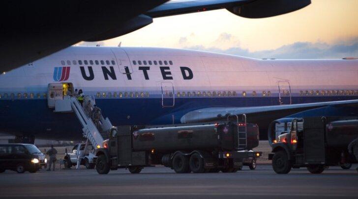 Неадекватный пилот вынудила пассажиров покинуть рейс