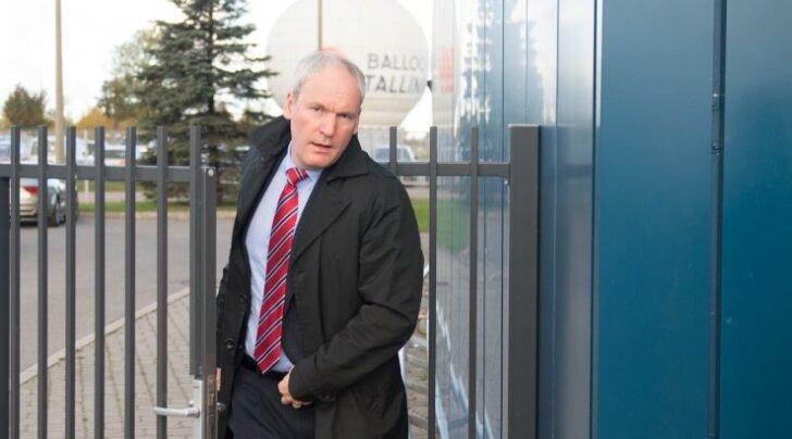 Nii TV3-s, Ajakirjade Kirjastuses kui ka Postimehes juhiametit pidanud Mart Luik muutis meelt ja hakkab ERR-i juhatuse esimehe tooli püüdma.