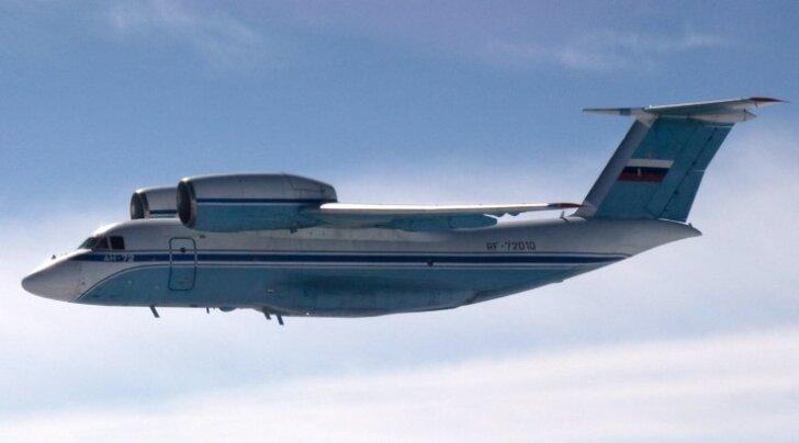 Transpordilennuk An-72 Soome õhuväe lennukist nähtuna