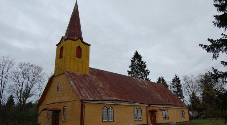 VIDEO ja FOTOD: Lugejate fotod kaunitest kirikutest üle Eesti