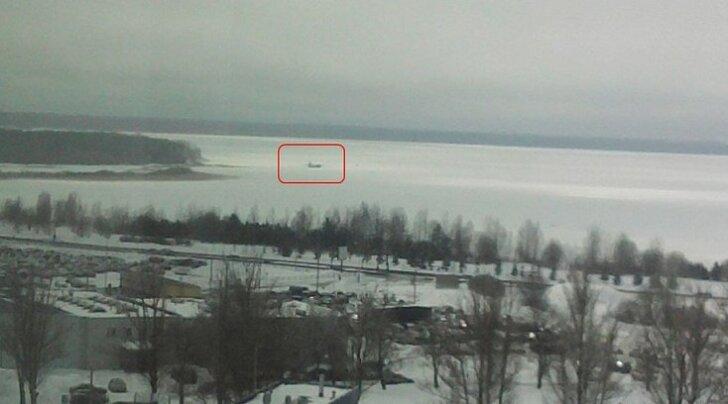 DHL-i kaubalennuk sooritas Ülemiste järvele hädamaandumise