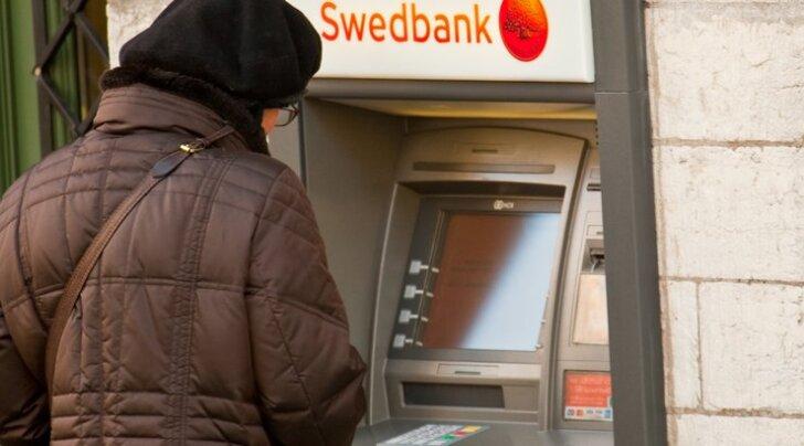 Lugeja Virtsust: Swedbank jätab vanurid lõksu!