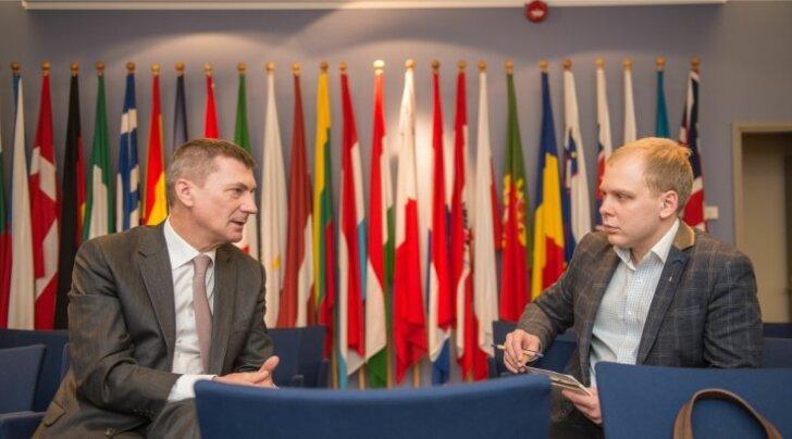 Endine peaminister Andrus Ansip andis Eesti Päevalehe ajakirjanikuga vesteldes praegusele valitsusele edasi nõuande: rääkige, kaasake ja otsustage!