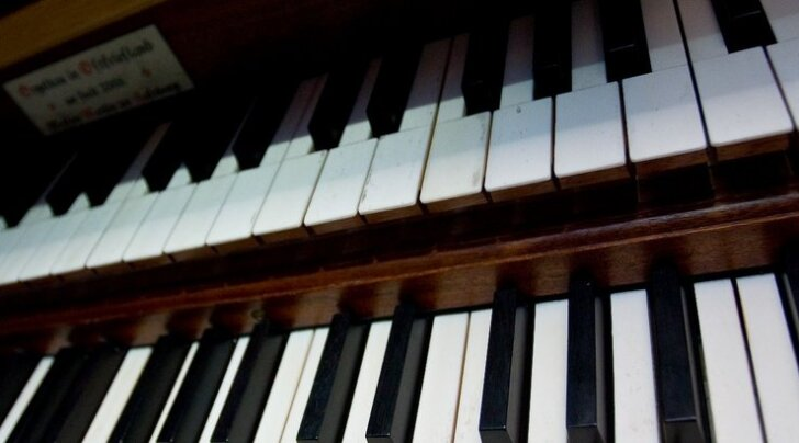 Laululind 2012: võistlustulle astus 29 laululast
