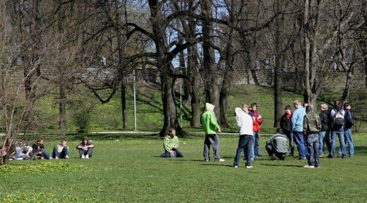 Hirvepargis toimub täna traditsiooniline kõnekoosolek