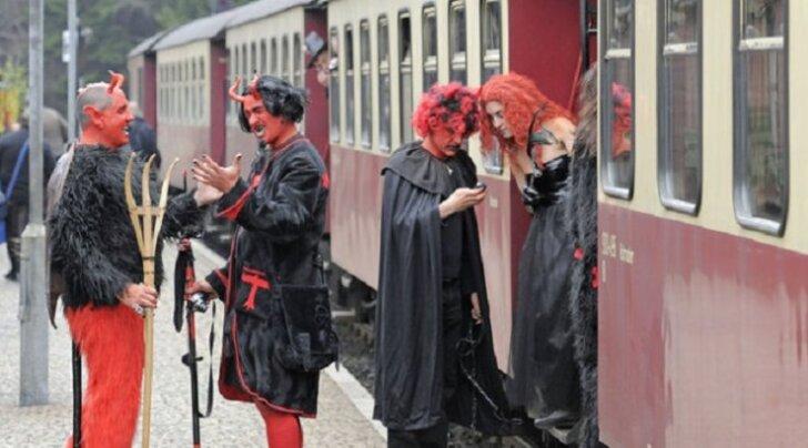 Время ведьм: Европа готовится к Вальпургиевой ночи