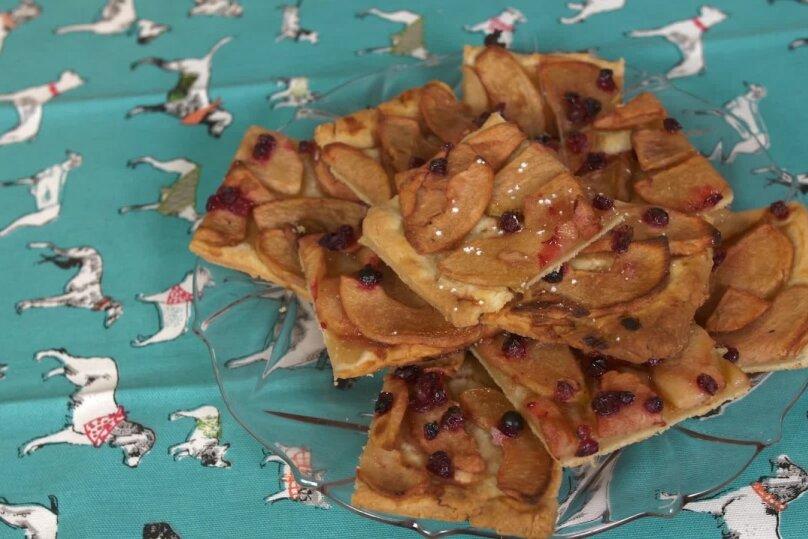 Õuna-jõhvika kook