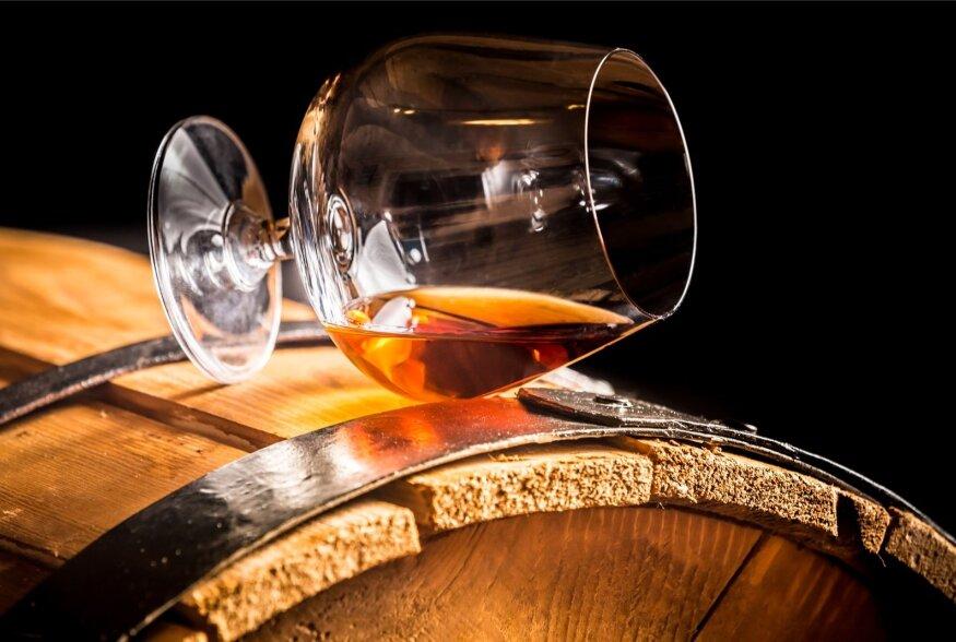 JOOGILEKSIKON | Kunst on nagu vein ja kogemused brändi, mida me sellest destilleerime. Mis jook on brändi, mis jook konjak?