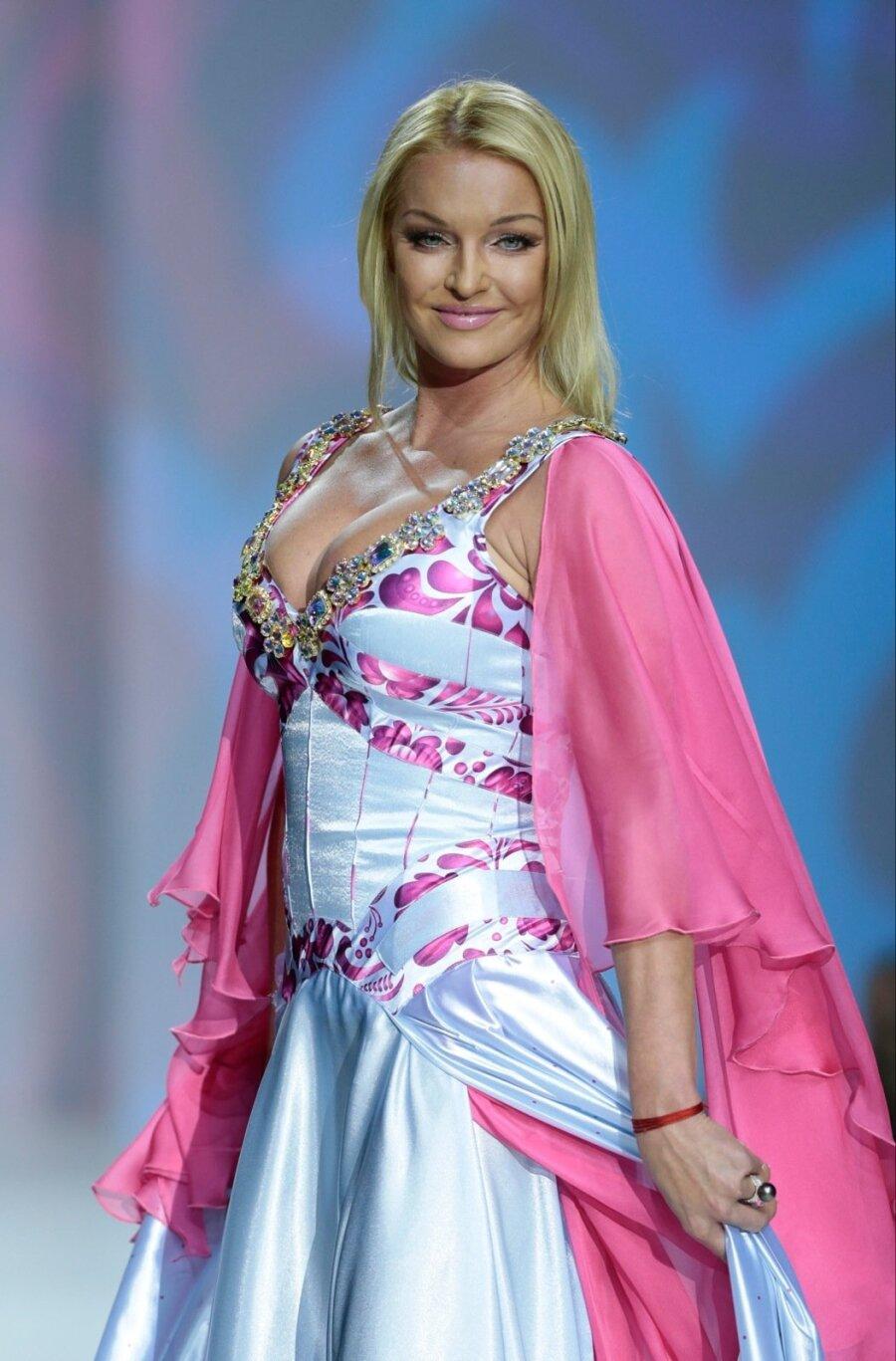 Анастасия Волочкова заявила, что администраторы Большого театра организовывают проституцию