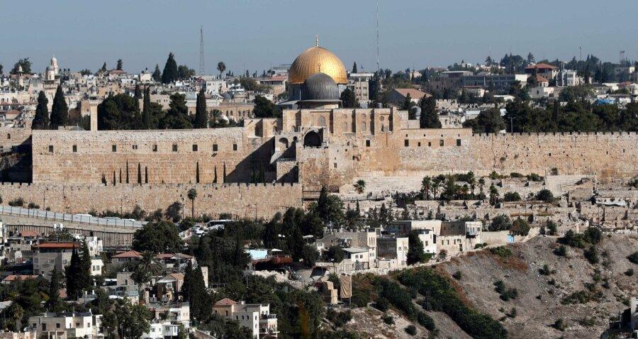 НаЗападном берегу Иордана начались столкновения между палестинцами иизраильтянами