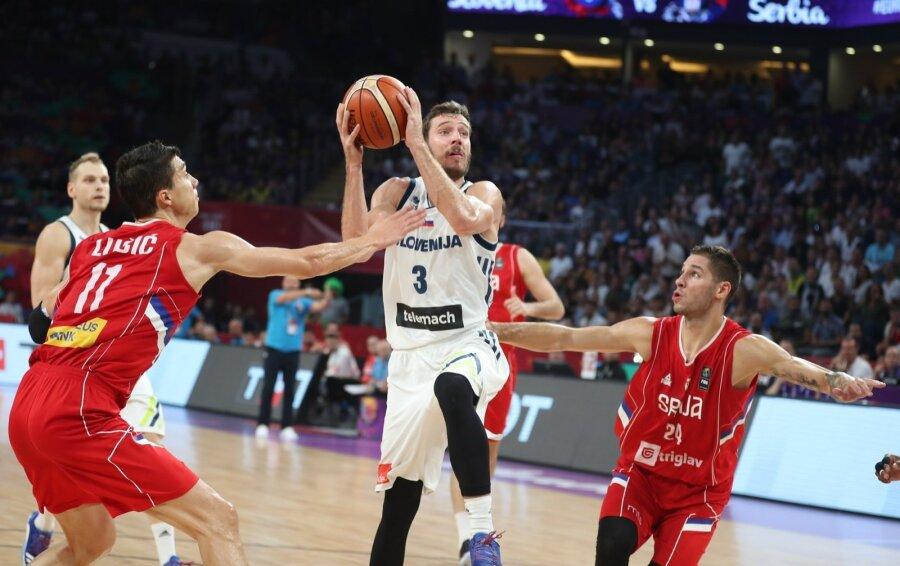 Сборная РФ проиграла матч за 3-е место чемпионата Европы побаскетболу