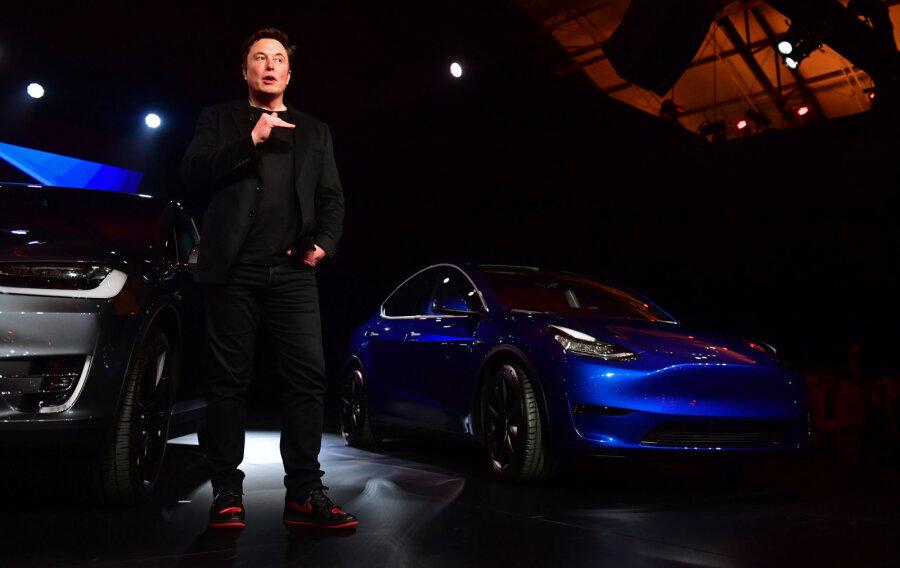 Tesla показала новый электрокар— кроссовер Model Y