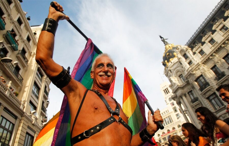 секс знакомства геи эстония нарва