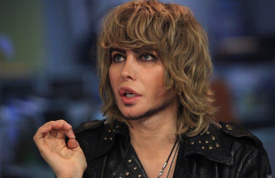 Трансвеститы и трансы - порно видео на eroXXvideos.tv