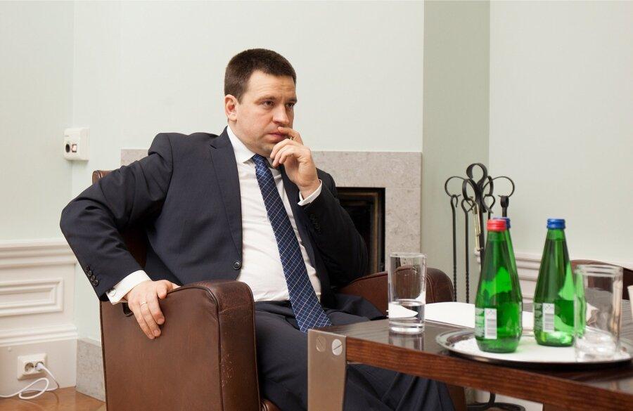 Санкции против РФ должны оставаться довыполнения минских договоров — Президент Эстонии