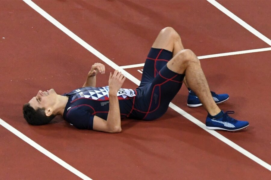 Встолице Англии напали начемпиона мира полегкой атлетике