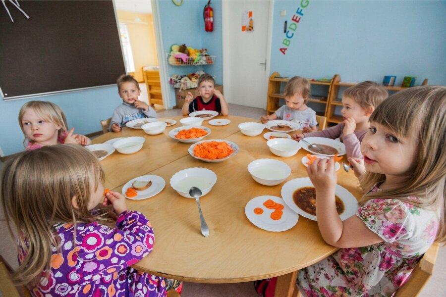 Laste toidunõustaja: lapsi mõjutab sööma maitse ja sõprade valikud