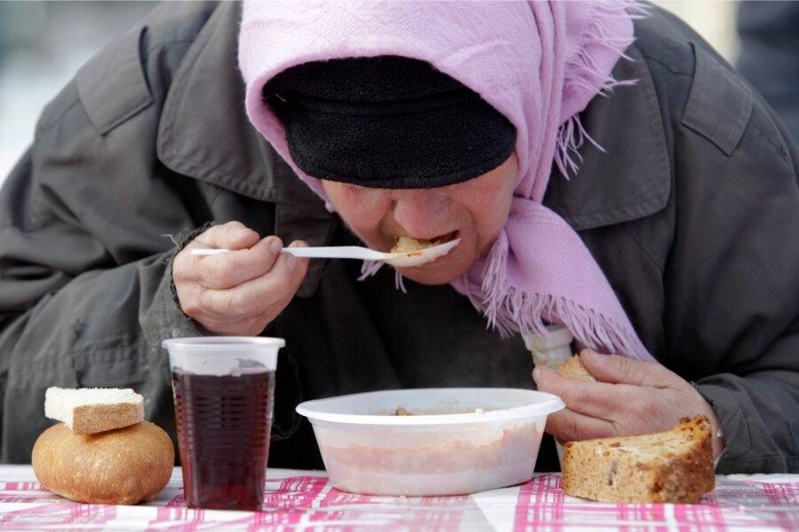 Росстат: Инфляция в Российской Федерации упала практически вдвое