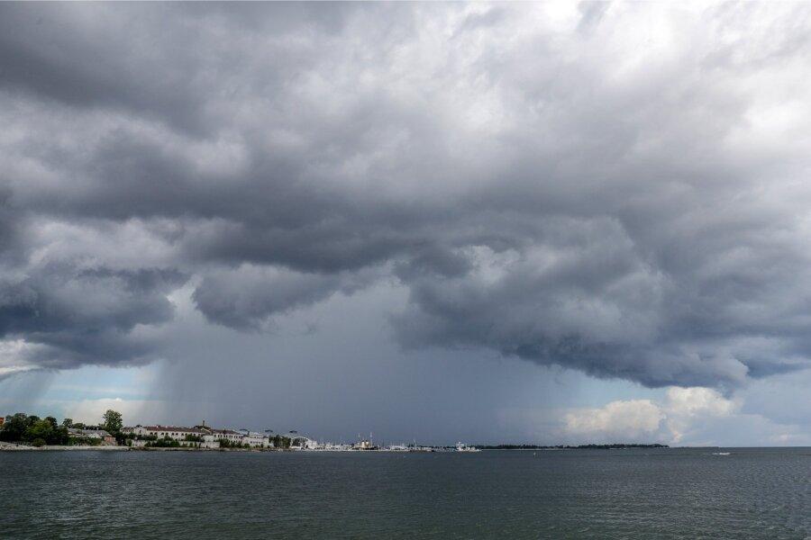 Теплая погода инебольшой дождь ожидаются ввоскресенье