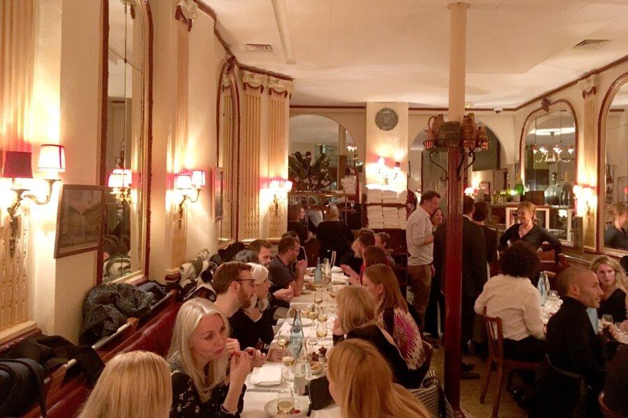 Pariis pakub gurmaanidele kõike – ratsionaalsest Prantsuse vanaema-köögist häbenematult dekadentlike kohtadeni, kus ühe inimese pühapäeva- brunch  maksab rohkem kui kõrvaltänava bistroos suurpere õhtusöök. Le Bougainville on üks nendest ratsionaals
