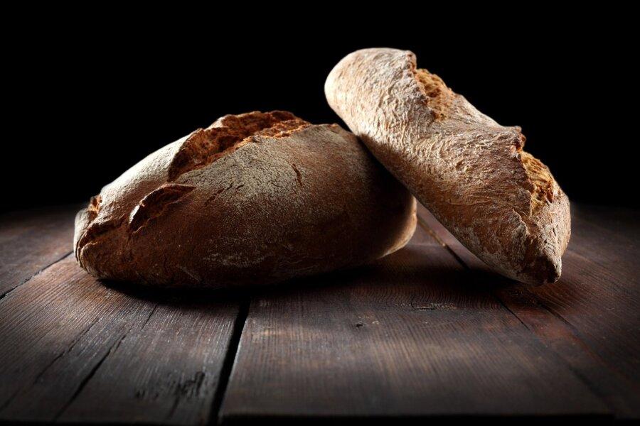 EV100 VALGUSES | Eesti leib. Must leib.