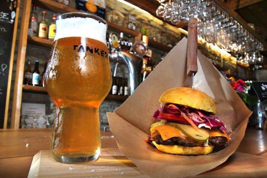 TOP 5 | Tallinna parimad burgerikohad, mida ilmtingimata külastada
