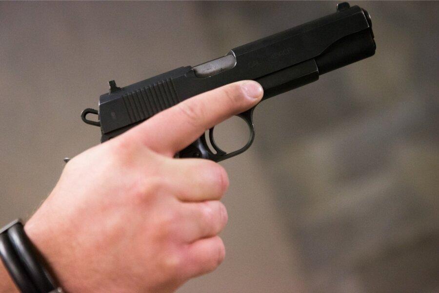 Встолице киллер сбукетом цветов застрелил бизнесмена