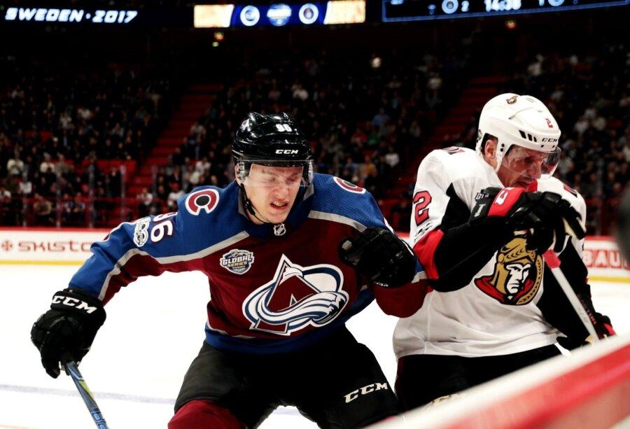 Русский хоккеист Задоров подрался самериканцем вматче НХЛ