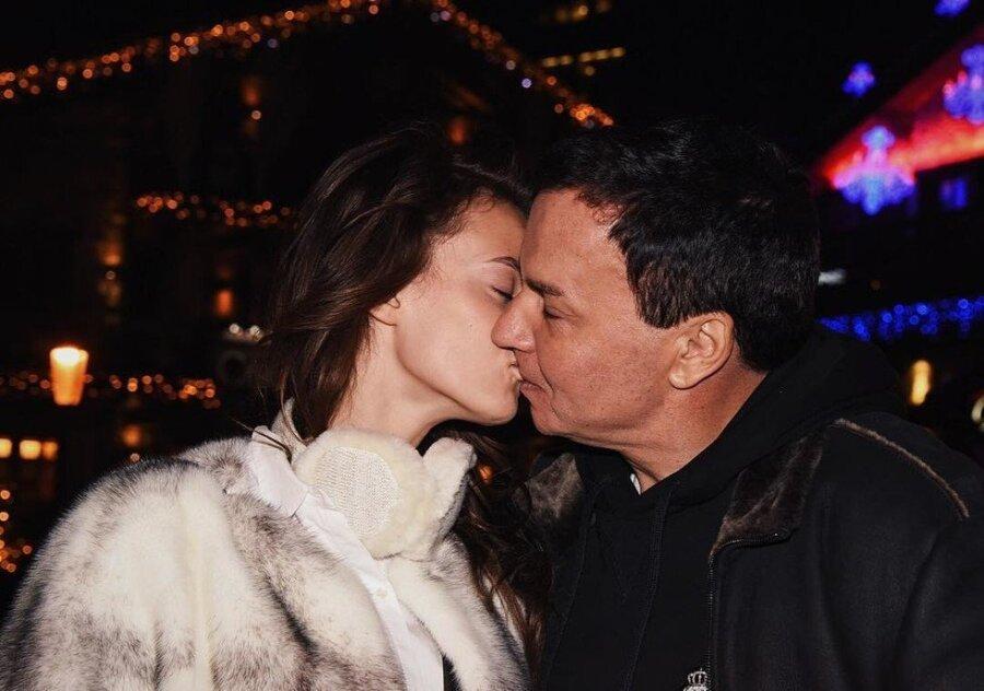 Олигарха из«ЛУКОЙЛа» бросила 18-летняя супруга