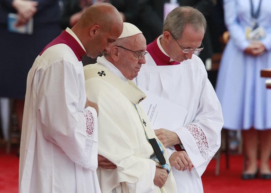 Папа Франциск: мир находится всостоянии войны
