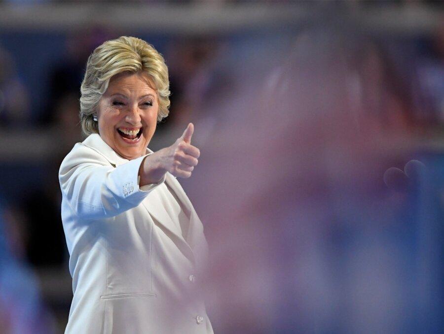 Обама подтвердил, что преждевременно проголосовал заХиллари Клинтон