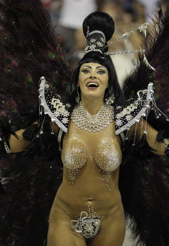 Карнавальные порно костюмы бразилии